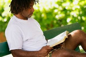 reading bible 01